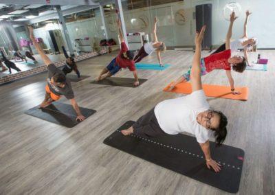 yoga-pilates-fitness-group-class